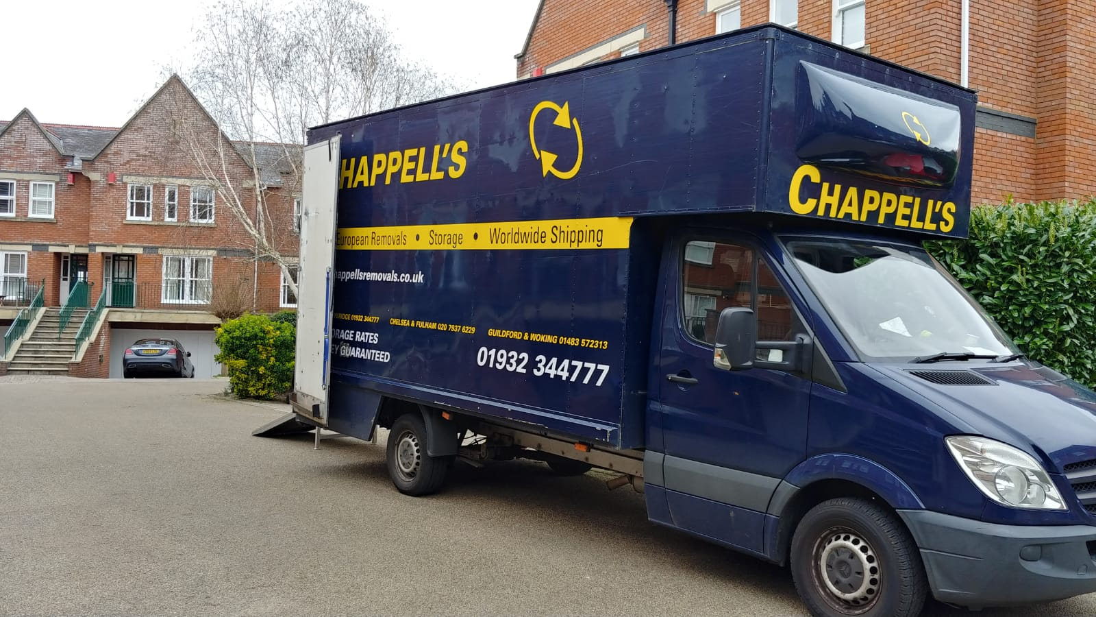 Professional Removals & Storage in Byfleet & West Byfleet, Surrey Image