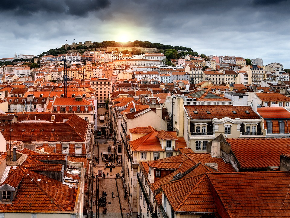 8 Things to Consider Before You Move to Portugal Listing Image
